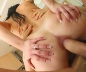 Big Ass Riding - Videos
